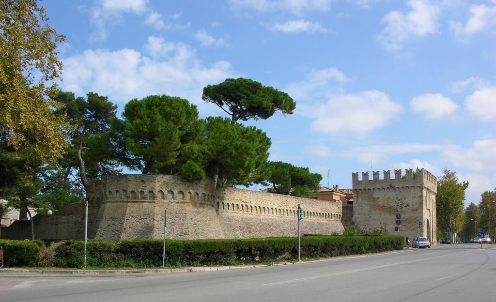 Fano Malatestiana Porta Maggiore